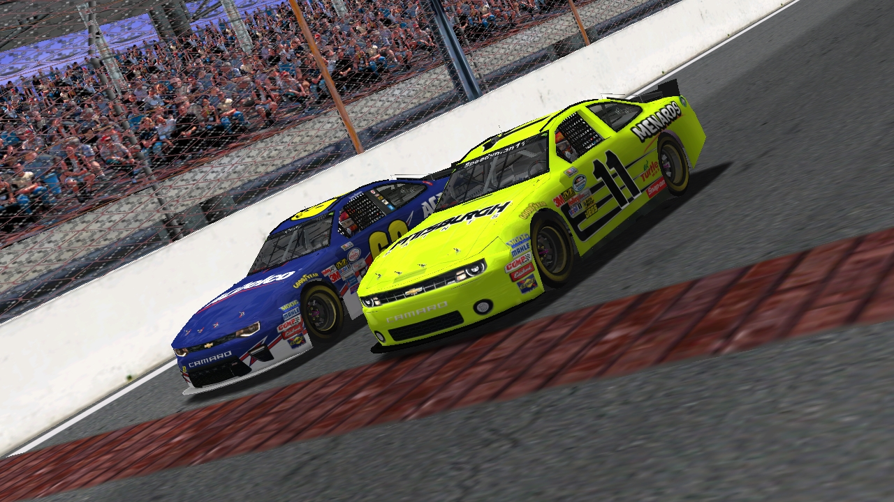 Speedyman11 and KartRacer63 taking the checkered flag (Credit: KartRacer63 / HeatFinder)