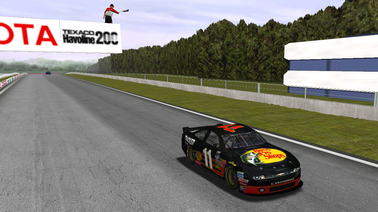 Speedyman11 takes the checkered flag on fumes at Road America. (Credit: DusterLag / HeatFinder)