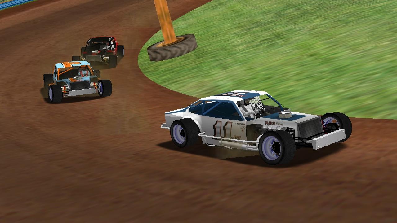 Speedyman11 leading puttzracer and Donaldson at DRT MT. (Credit: KartRacer63 / HeatFinder)