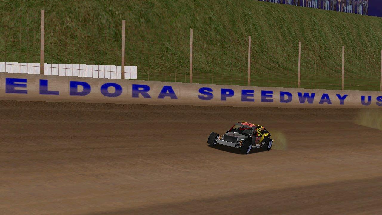 BlackKnight on track at Eldora Speedway (Credit: Grumpy / HeatFinder)