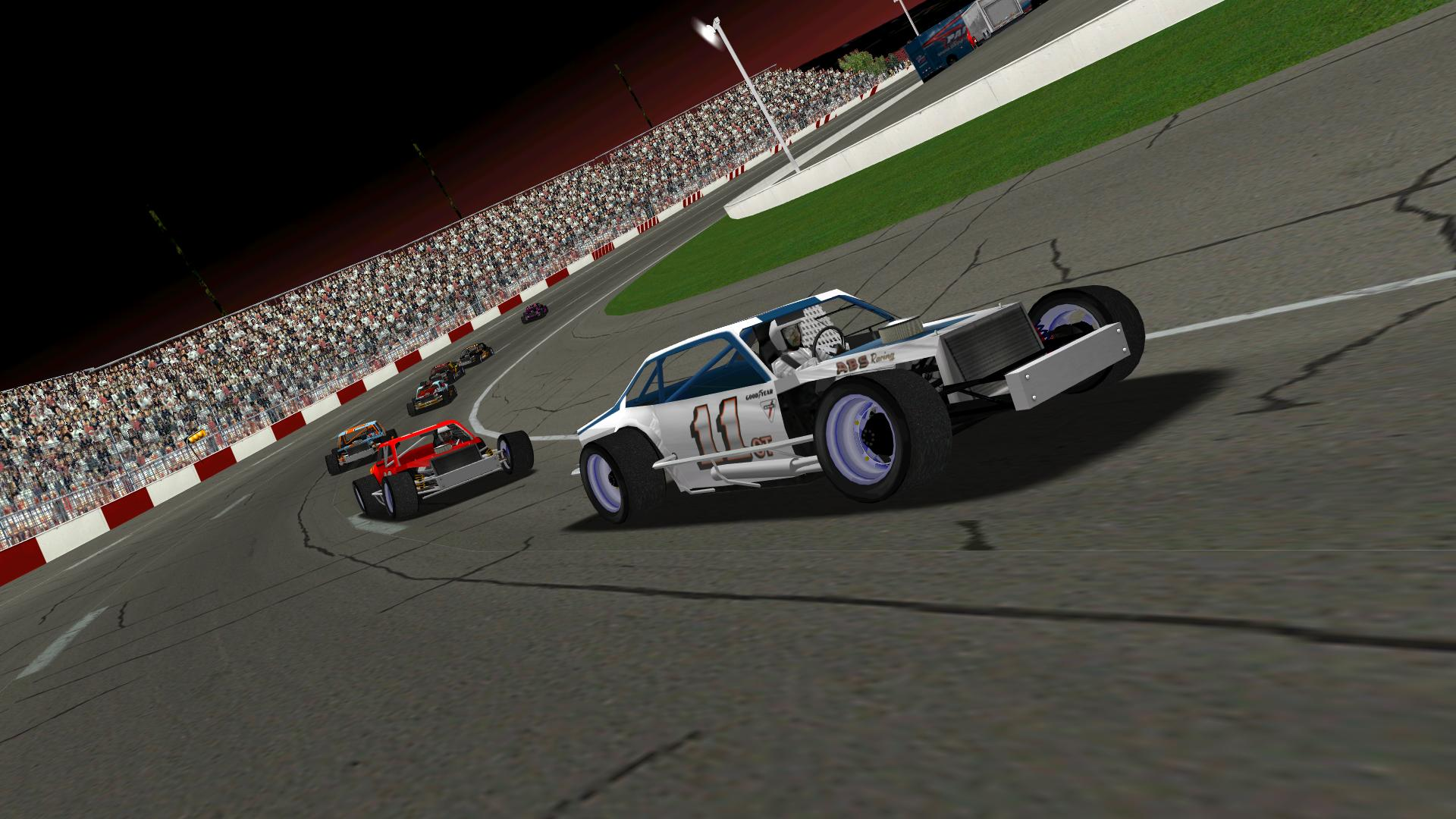 Speedyman11 securing the lead shortly after the green flag. (NHMA)