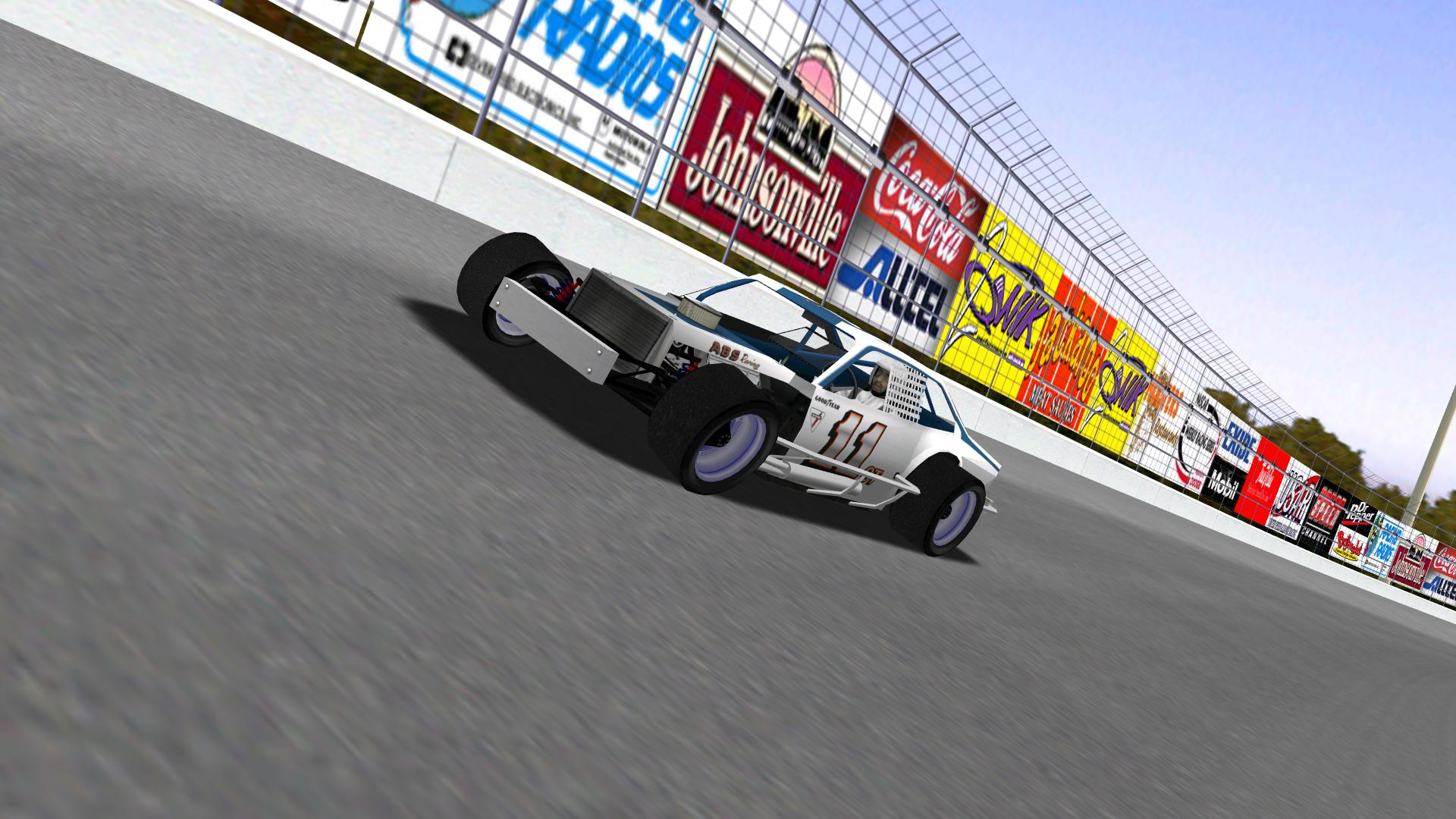 A view of Speedyman11's modified as he dominates at Concord. (NHMA)